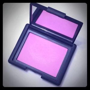 Nars Geity blush. Neon pink magenta